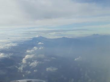 Atterissage sur Quito avec vue sur le Cotopaxi