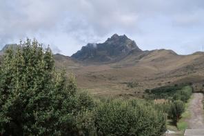 Vue sur le Rucu Pichincha de la station de téléphérique